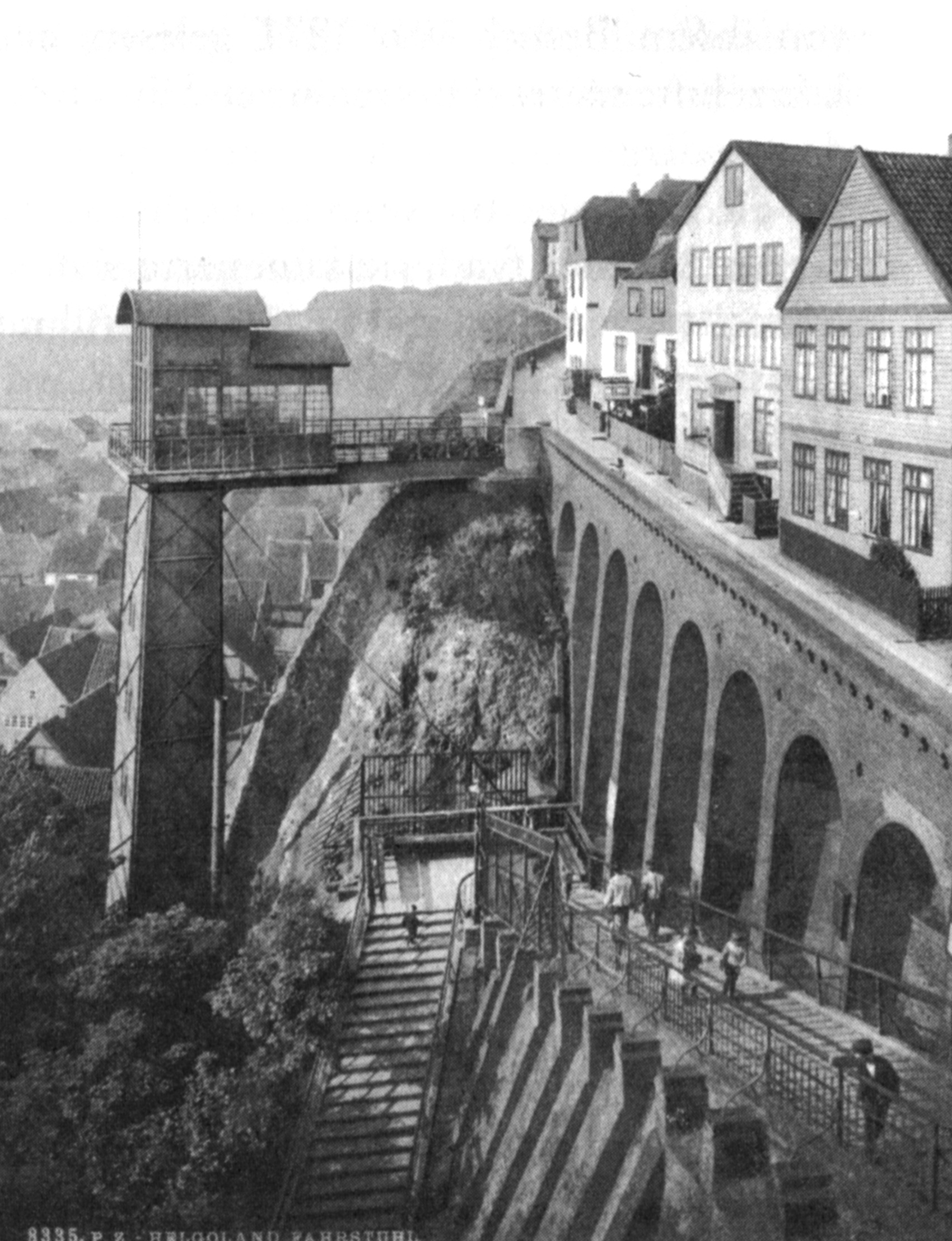 alter_aufzug_1885